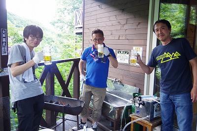 お客様 バーベキュー 生ビール 別荘