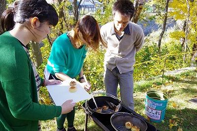 秋色スイーツ ダッチオーブン バーベキューコンロ ケーキ