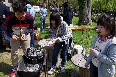 バーベキュー キャンプ ダッチオーブン マシュマロ焼き