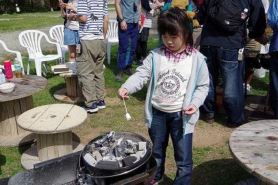 バーベキュー キャンプ 料理 スイーツ マシュマロ焼き